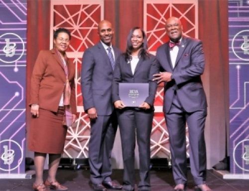 Sonya Vento recognized with the Modern-Day Technology Leader Award at the 33rd Black Engineer of the Year Conference